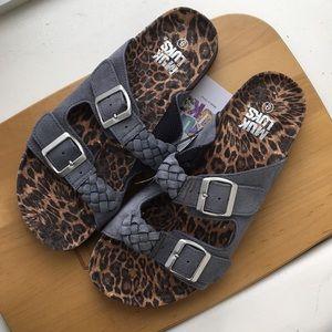 Muk Luks Juliette Slip On Gray Sandals - NWT